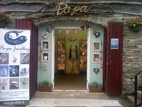 Pa-pa Gallery, Parkmill, Gower.