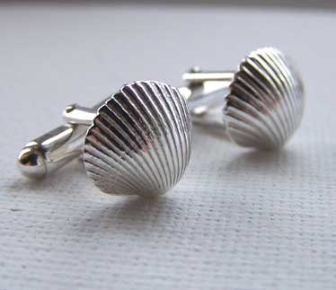 Cockle cufflinks in solid silver