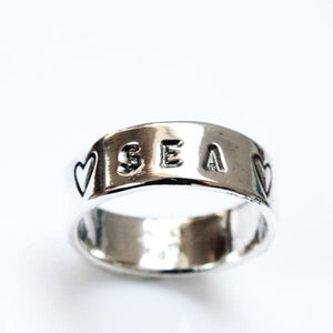 Sea and hearts ring