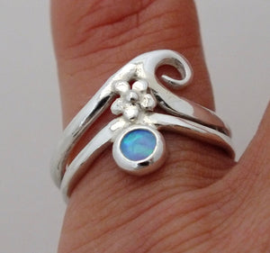 Wave opal ring