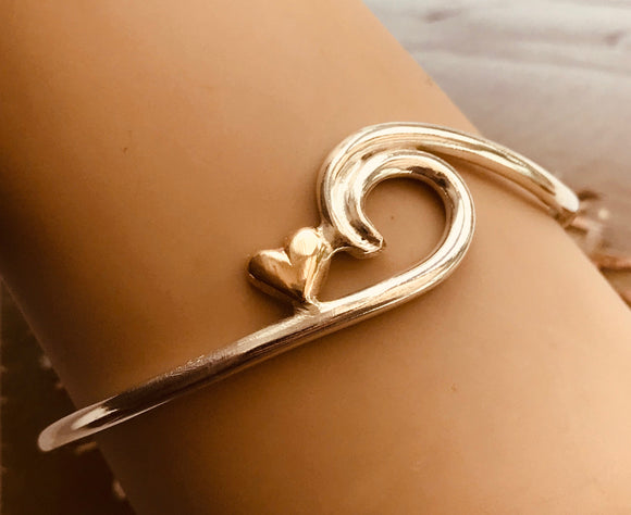 Wave with gold heart bangle