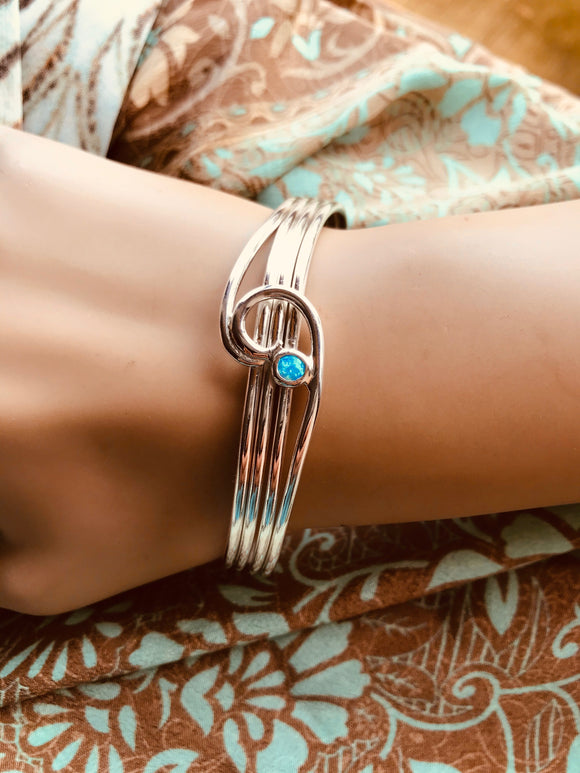 Wave bracelet cuff with opal set
