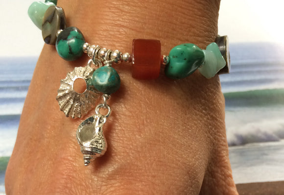 Silver sea shell  bracelet with turquoise beads