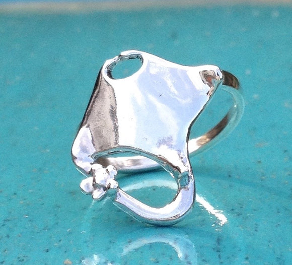 Small manta ray ring