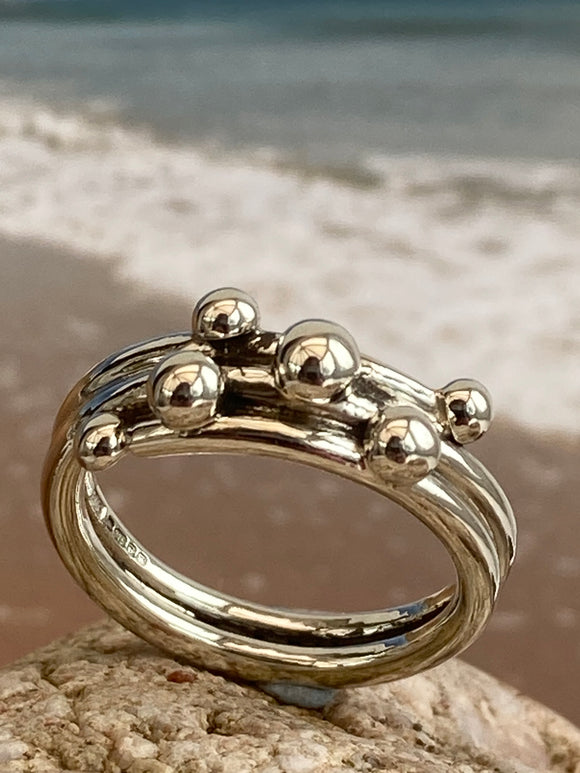 white gold pebbles ring
