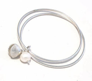 Silver cockle bangle by Pa-pa jewellery