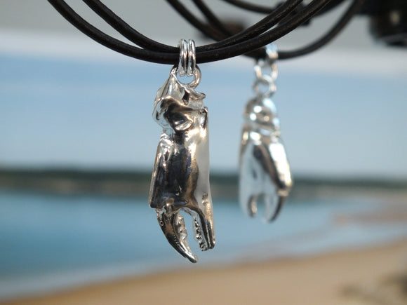 Silver crab claw pendant