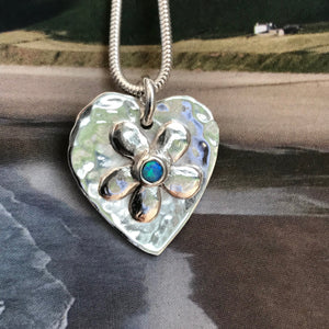 Flower heart opal necklace