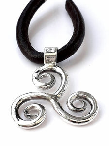 Welsh celtic triskelion pendant