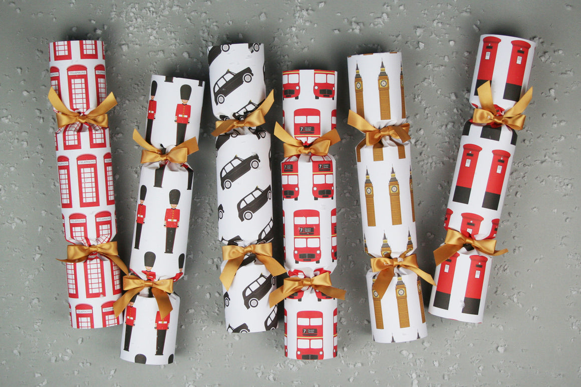 6 Christmas crackers with London design | Nancy & Betty Studios