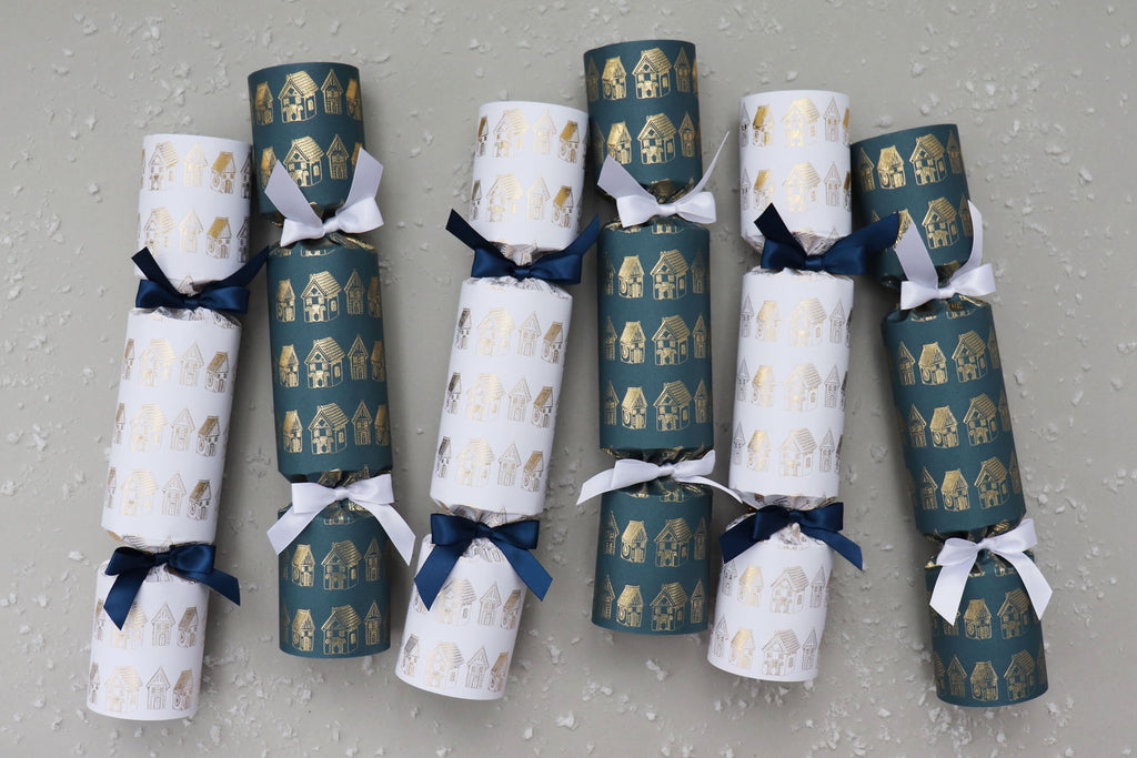 6 luxury Christmas crackers gingerbread house village navy gold
