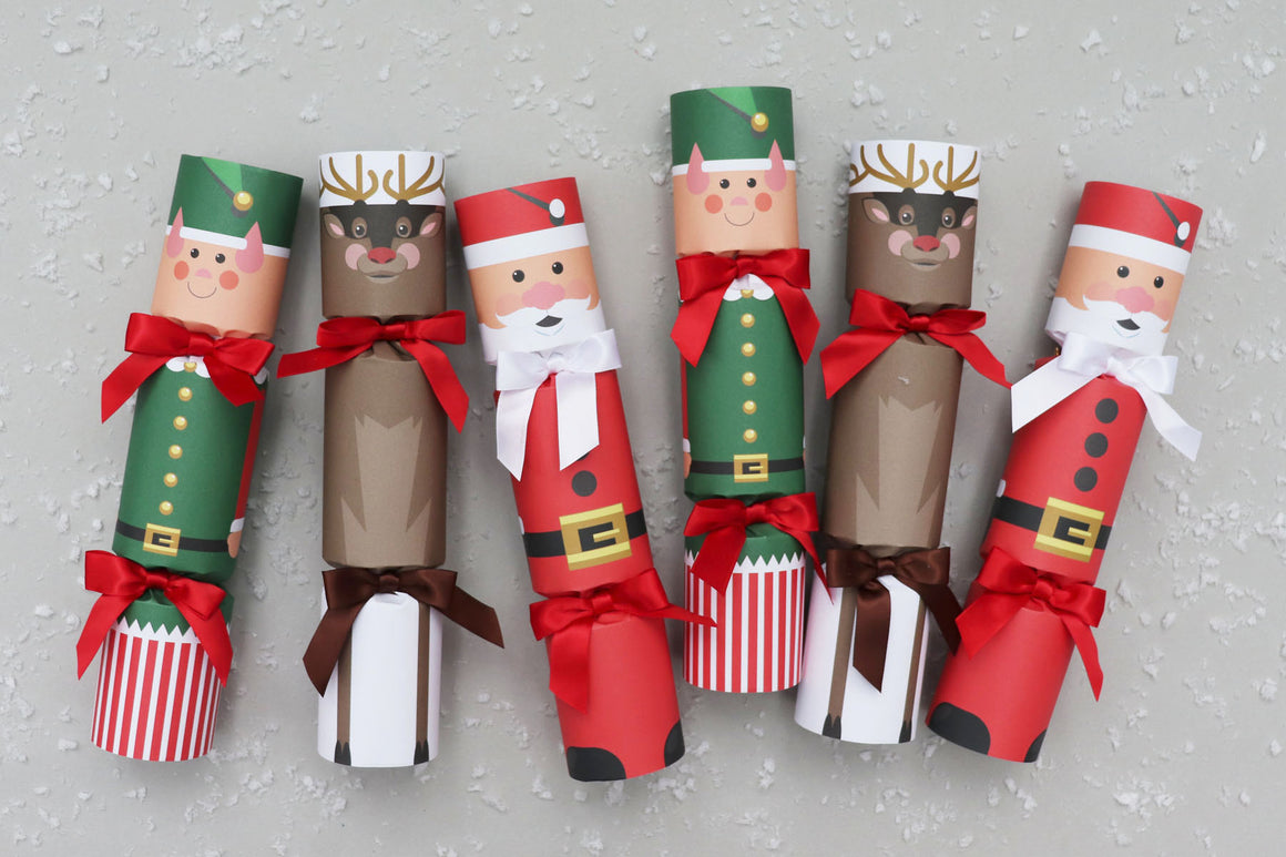 NORTH POLE FRIENDS LUXURY CHRISTMAS CRACKERS