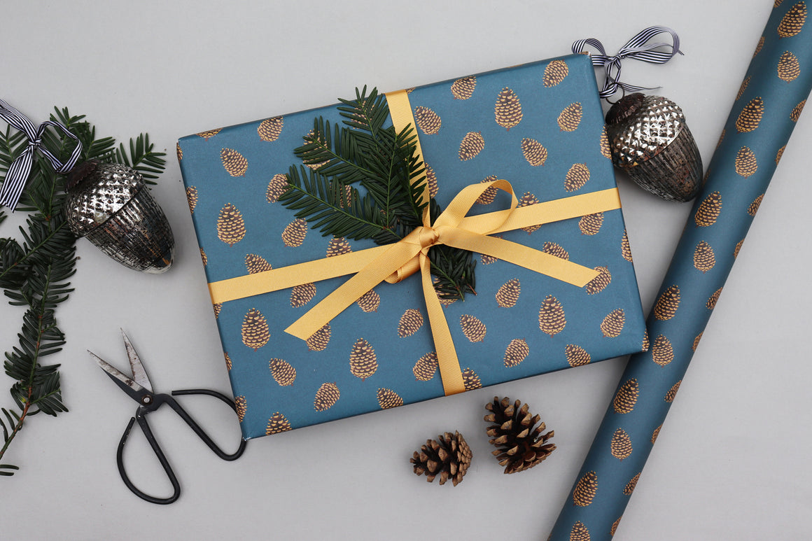 pine cone christmas xmas wrapping paper luxury gift wrap recyclable wrapping paper