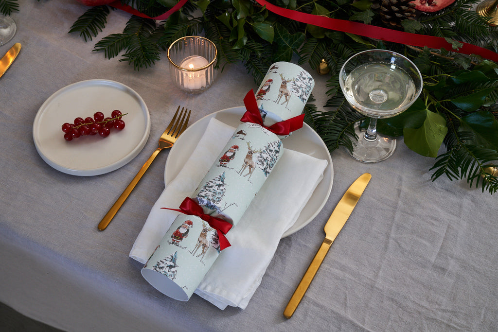 NORTH POLE LUXURY CHRISTMAS CRACKERS