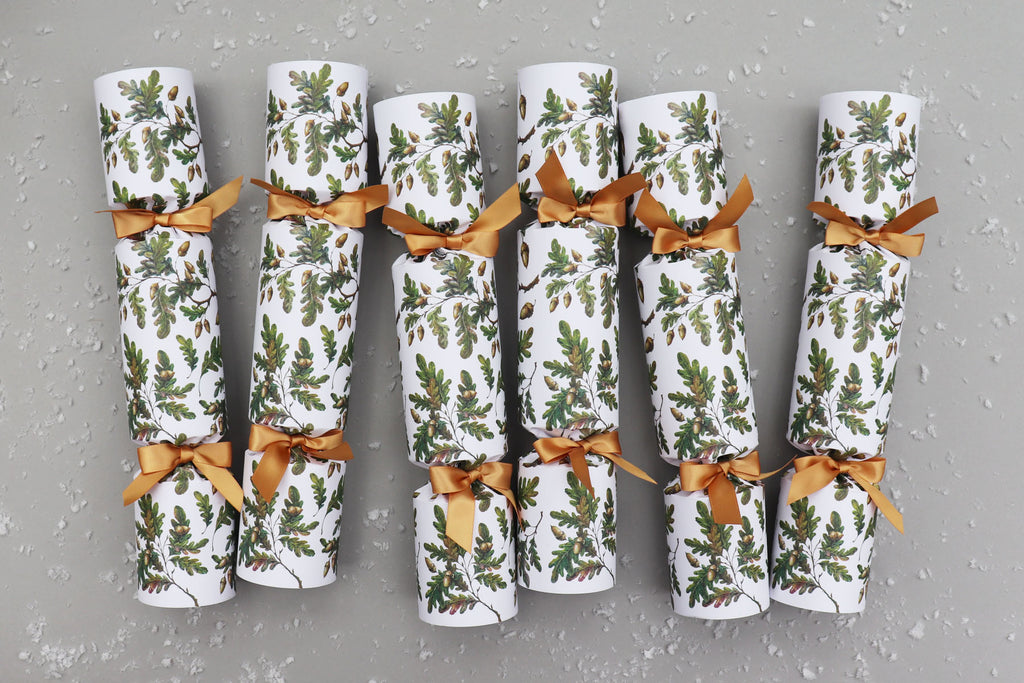 OAK LEAVES & ACORNS LUXURY CHRISTMAS CRACKERS