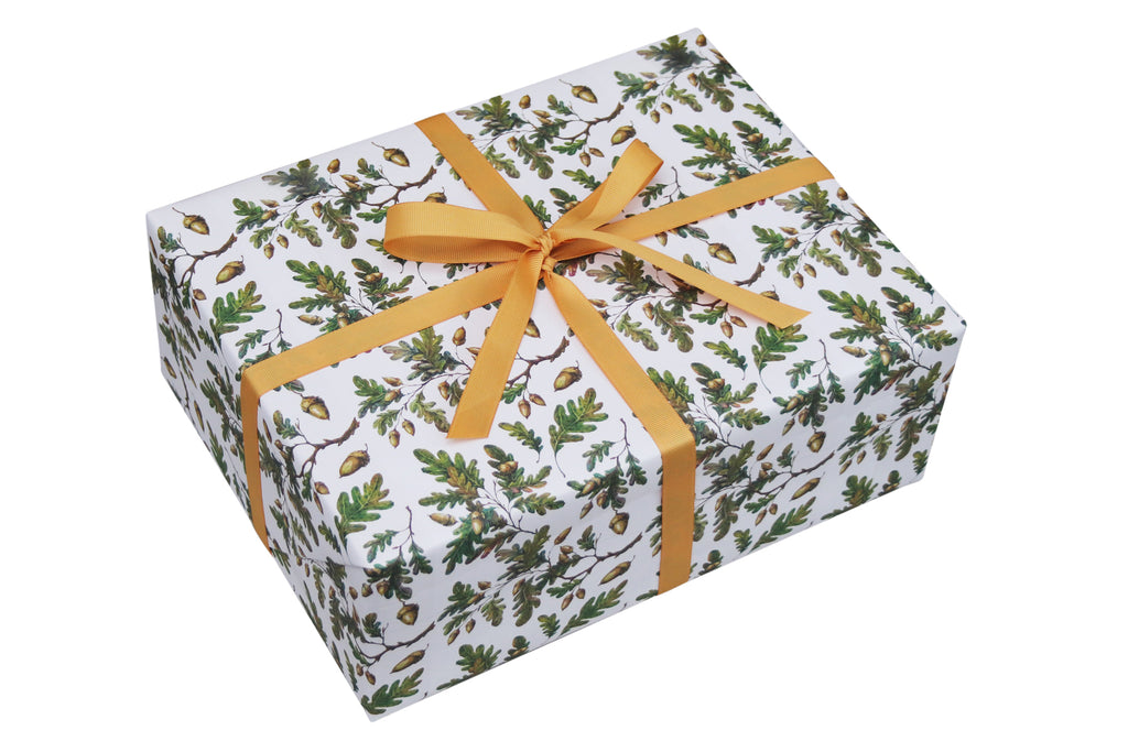 OAK LEAF & ACORNS CHRISTMAS WRAPPING PAPER