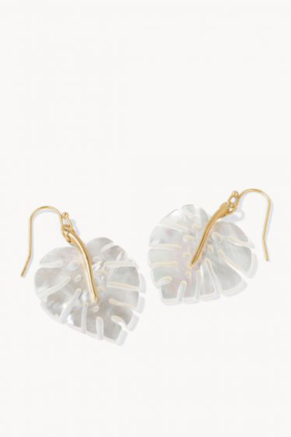 Monstera Earrings - Pearlescent