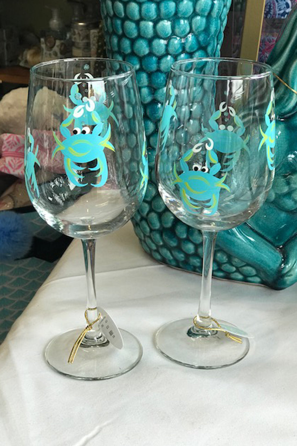 Crab Stemmed Wine Glass - Aqua