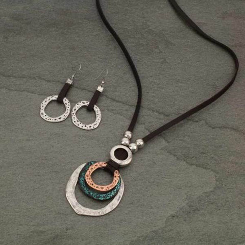 Round Tri-Color Leather Necklace Set - Bronco Western Supply Co.