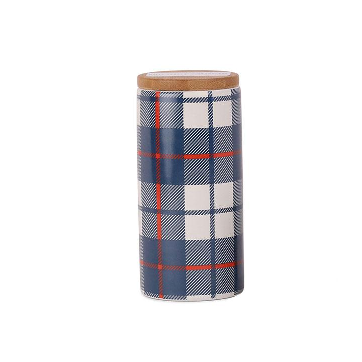 Tartan Candle - Holly Leaves & Cranberry