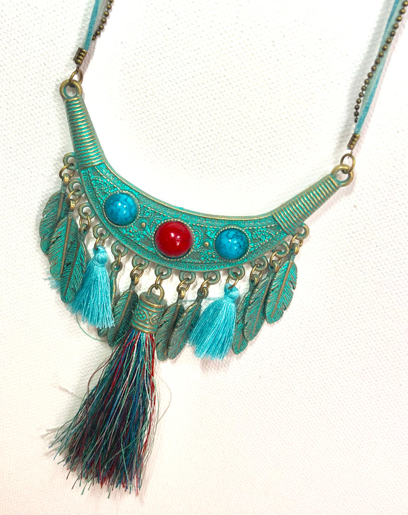 Peruvian Style Turquoise Necklace - VzCollection