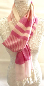 Ivory scarf with Pink Stripes - VzCollection