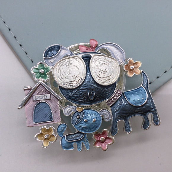 Funky Dogs Magnetic Brooch - Vz Collection