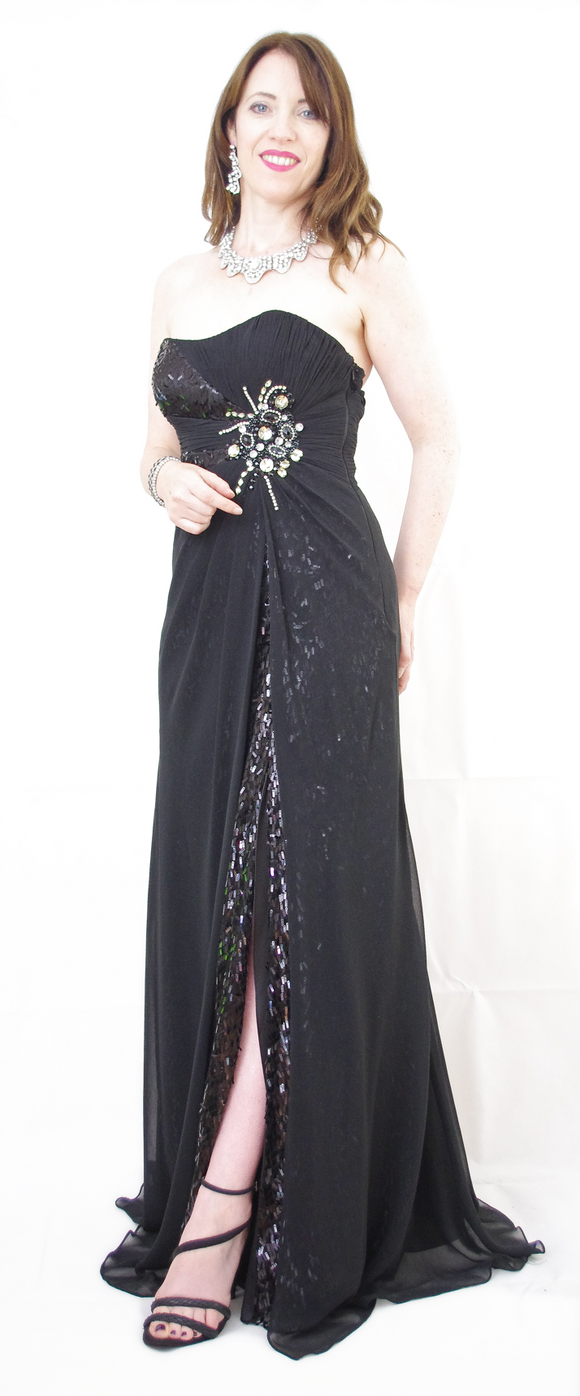 Black Off Shoulder Sweetheart Floor Length Evening Gown - VzCollection