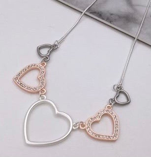 Triple Heart Necklace - Vz Collection