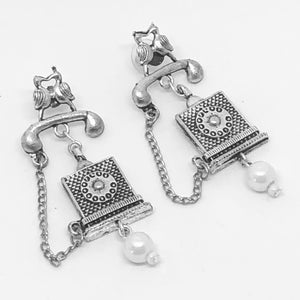 Retro Telephone Earrings - VzCollection