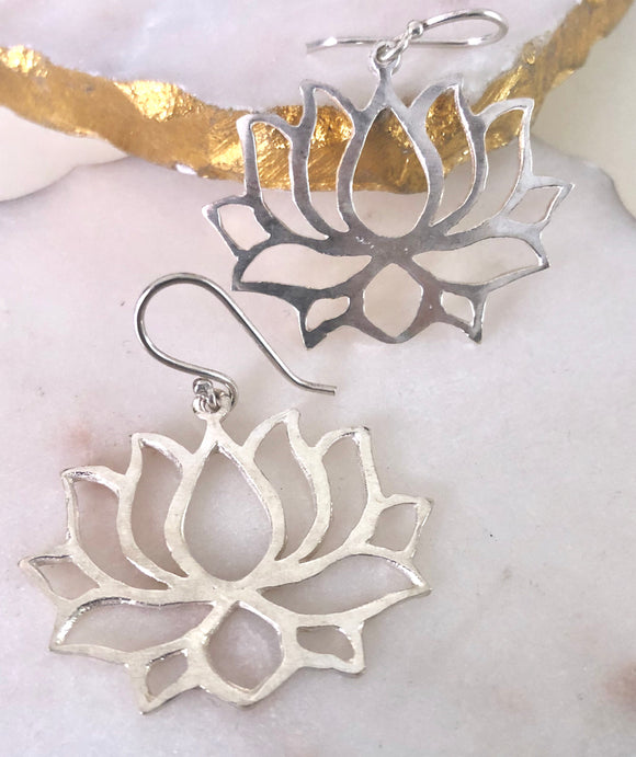 Lotus Earrings - VzCollection