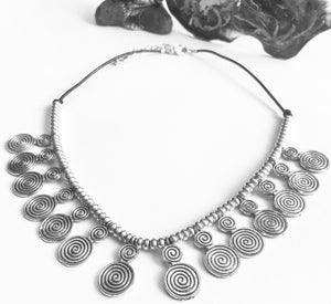 Bohemian Swirly Beads Necklace - VzCollection