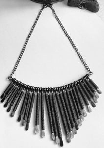 Contemporary Spring Wire Necklace - VzCollection