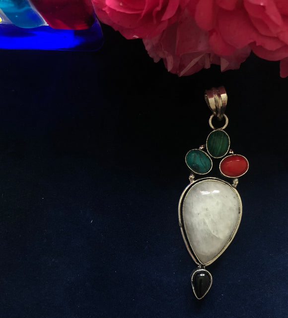 Moon stone with Turquoise Pendant - VzCollection