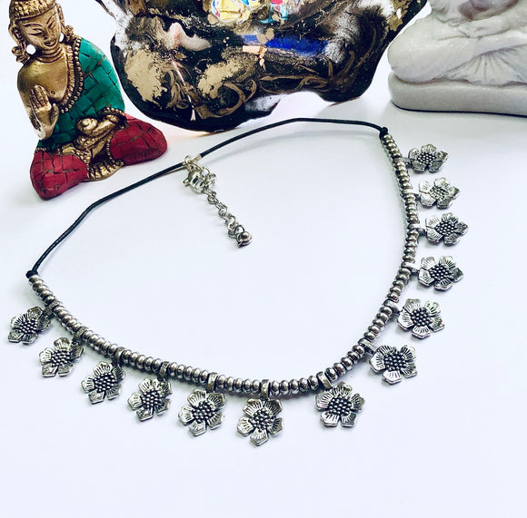 Floral Beads Bohemian Necklace - VzCollection