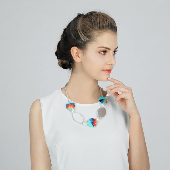 Circle and Oval Shaped Beads Short Necklace - VzCollection
