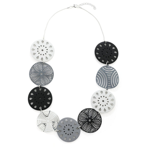 Black and White Laser Cut Floral Pattern Necklace - VzCollection