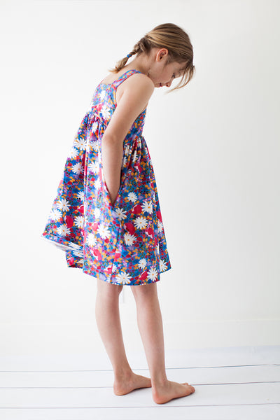 Jumper dress in Scandinavian floral