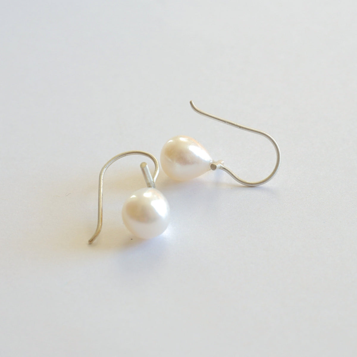 Classic White Teardrop Freshwater Pearl Dangle Drop Earrings with 11mm Bar - 0241 - Virginia Wynne Designs