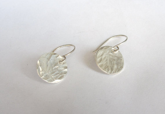 Exceptional Hand-Crafted Quality - Sterling Silver, Hammered Texture Dangle Disk Earrings  - 0071 - Virginia Wynne Designs