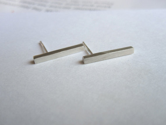 16mm Square Line Dangle Bar Stud Earrings 0072