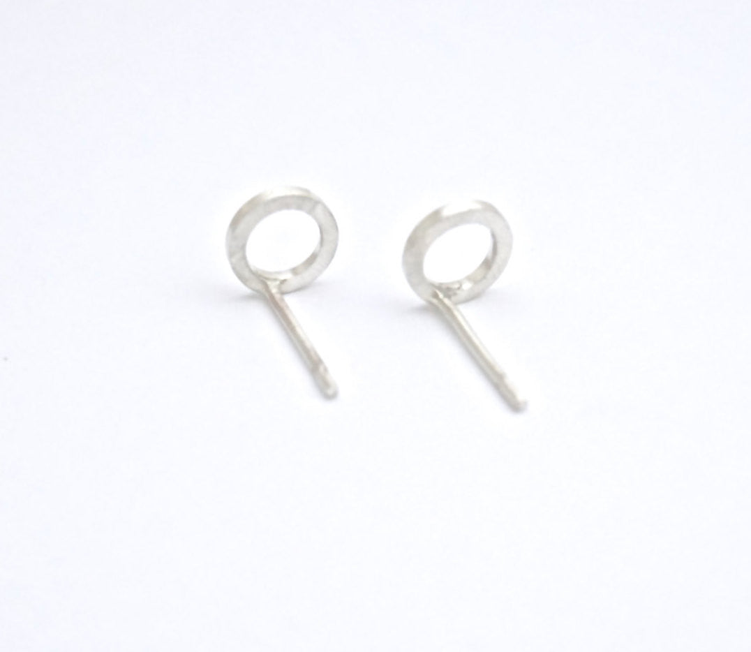 Sophisticated Hand-Made Open Circle Stud Earrings in Brass, Sterling Silver, Silver Oxidized, 14K Gold Fill, 14K Rose Gold Fill or 14K Gold - 0183 - Virginia Wynne Designs