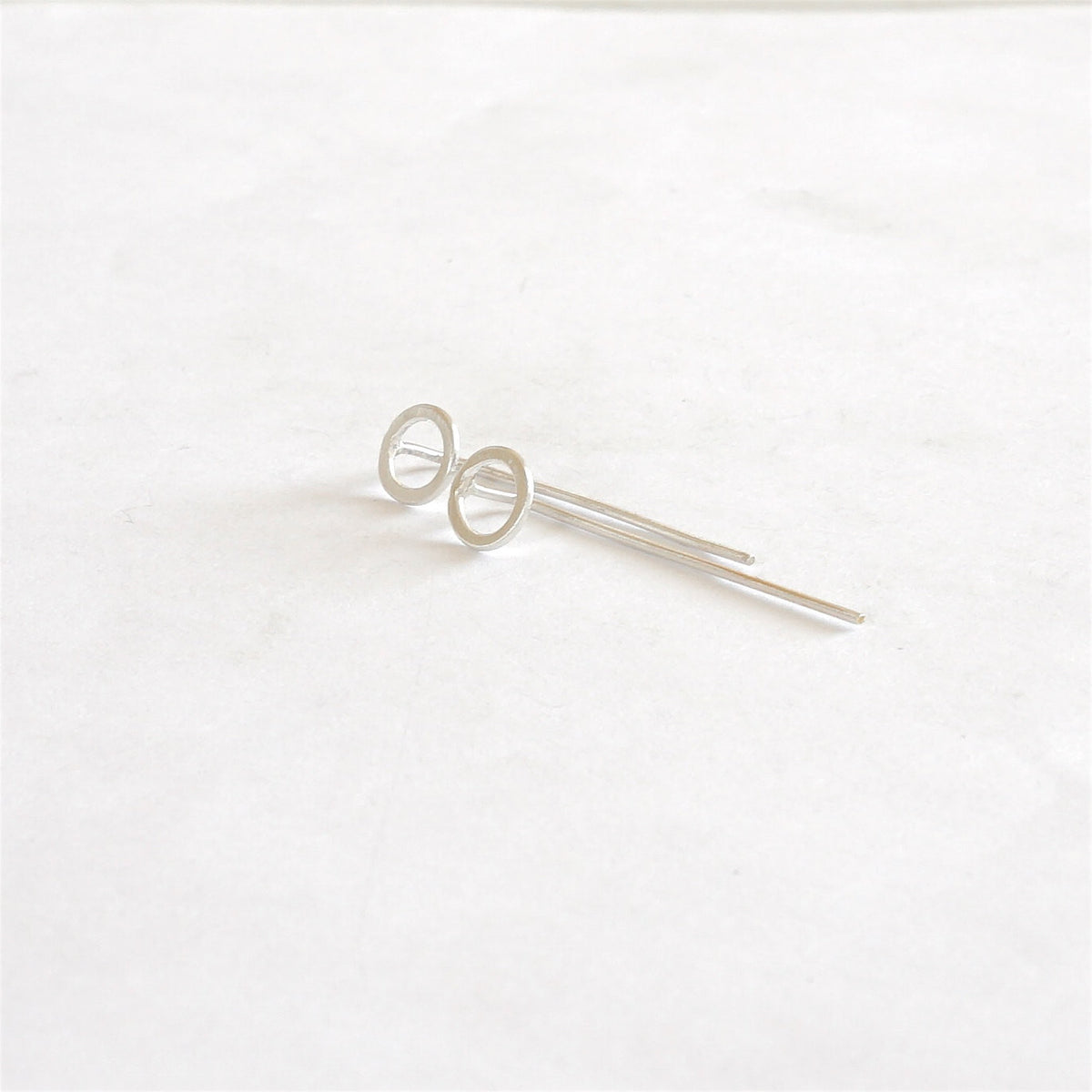 Sophisticated and Tasteful, Hand-Crafted Open Circle Threader Earring - 0214 - Virginia Wynne Designs