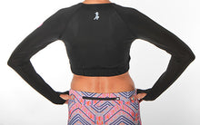 black long sleeve crop top back