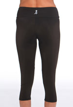 black running capri back