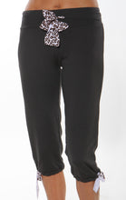 yoga capri black