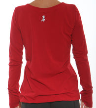 yoga vneck back red