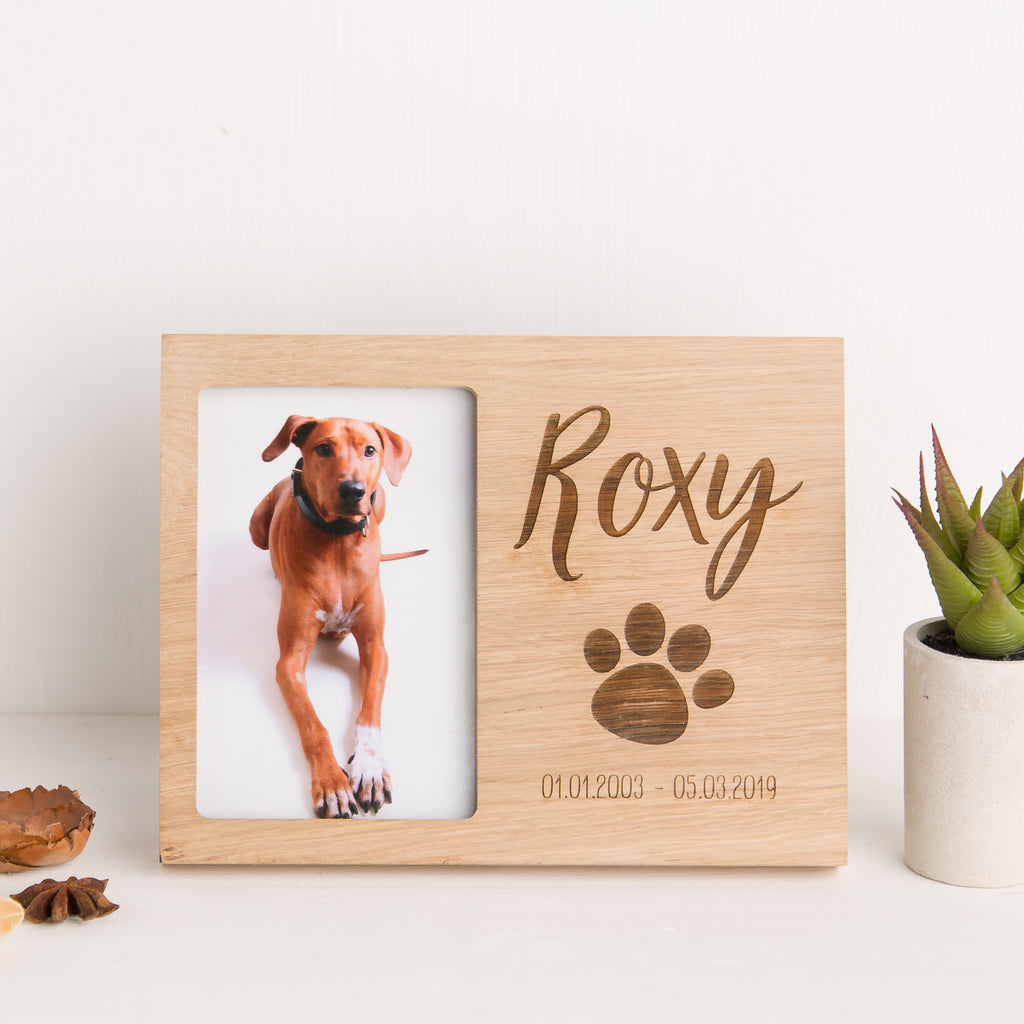 Paw Print and Date Oak Photo Frame, Pet Loss, Cat or Dog Memorial, Paw Print