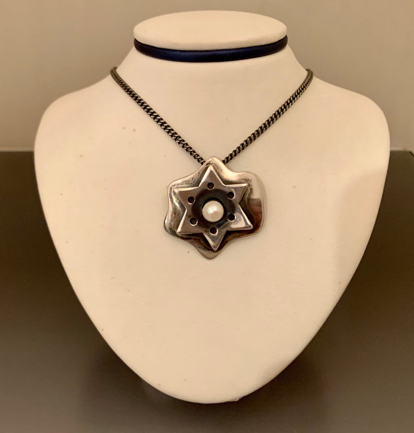 Vintage Necklace Sterling Silver And Pearl Star of David