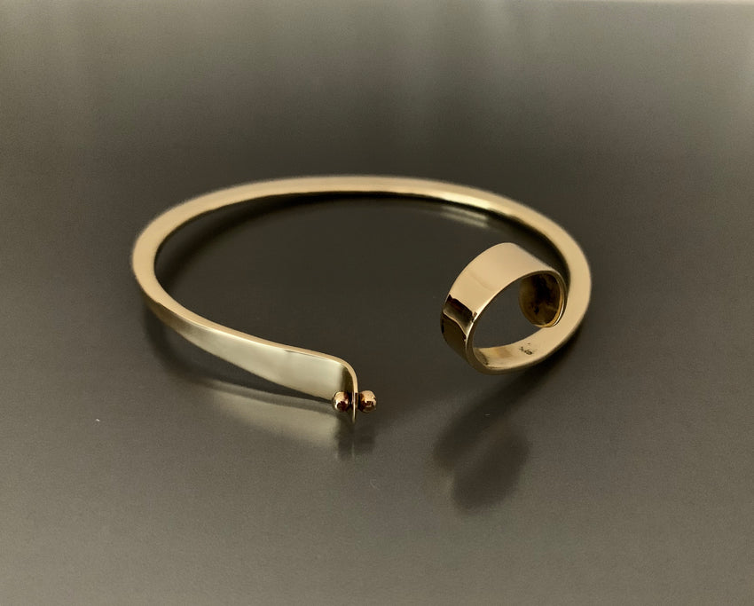 Bracelet Bronze Oval with Curl